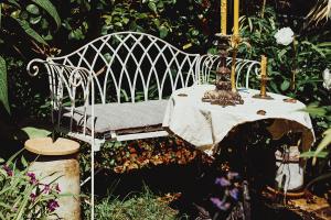 Čierny nábytok záhradný nábytok