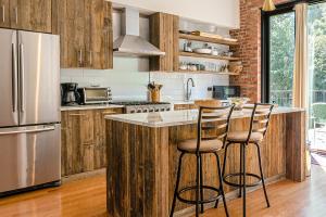 Dubový nábytok kuchyne